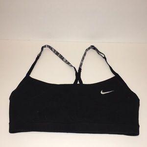 Like new Size:M Nike women's training bra.